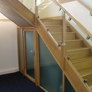 Bethel Chaple Oak with Glass & Contemporary Fusion Stair Parts