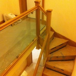 Oak Carpet Grade Stairs