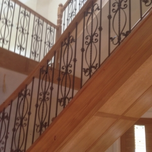 Oak with Metal Balustrading Spindle