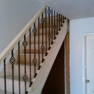 Pine Carpet Grade, Wrought Iron Soindles