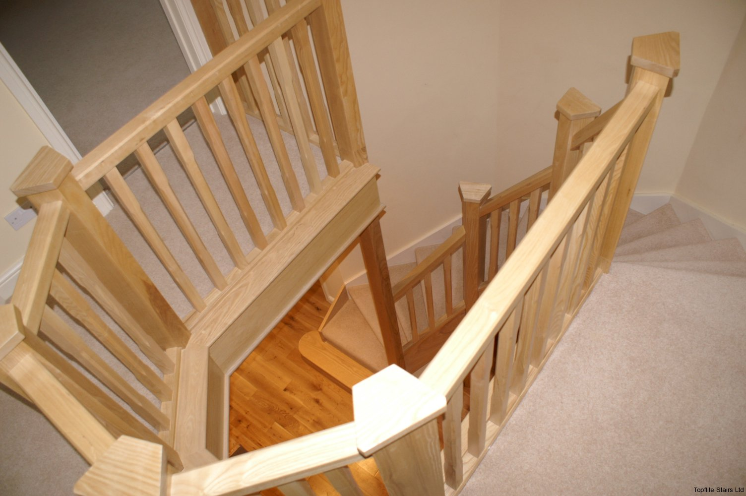 timber balustrade staircase gallery