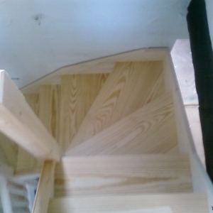 Solid Southern Yellow Pine, with 19mm bar riser